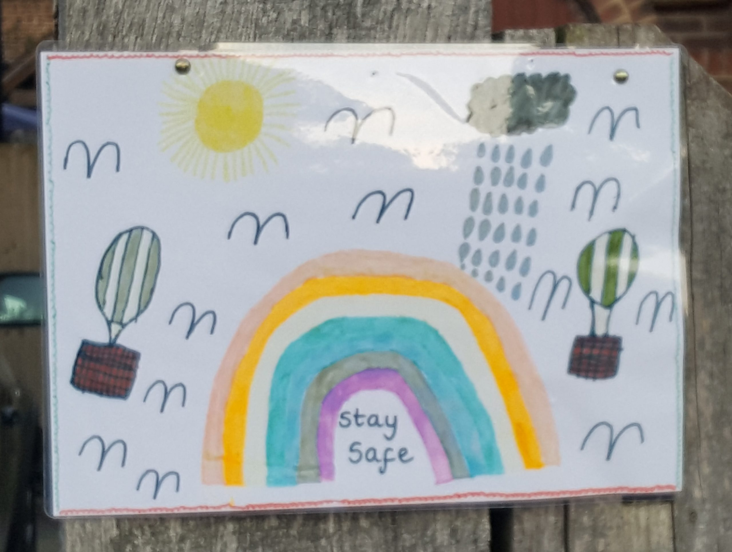 A child's NHS rainbow drawing